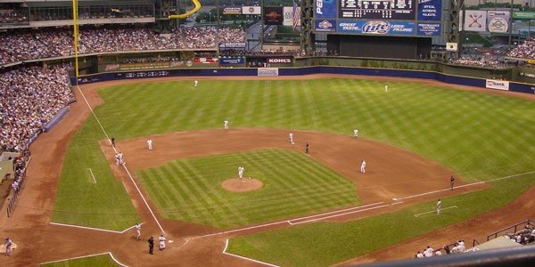 Milwaukee Brewers Tickets - No Service Fees