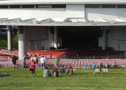 PNC Bank Arts Center Seating Chart - Row & Seat Numbers
